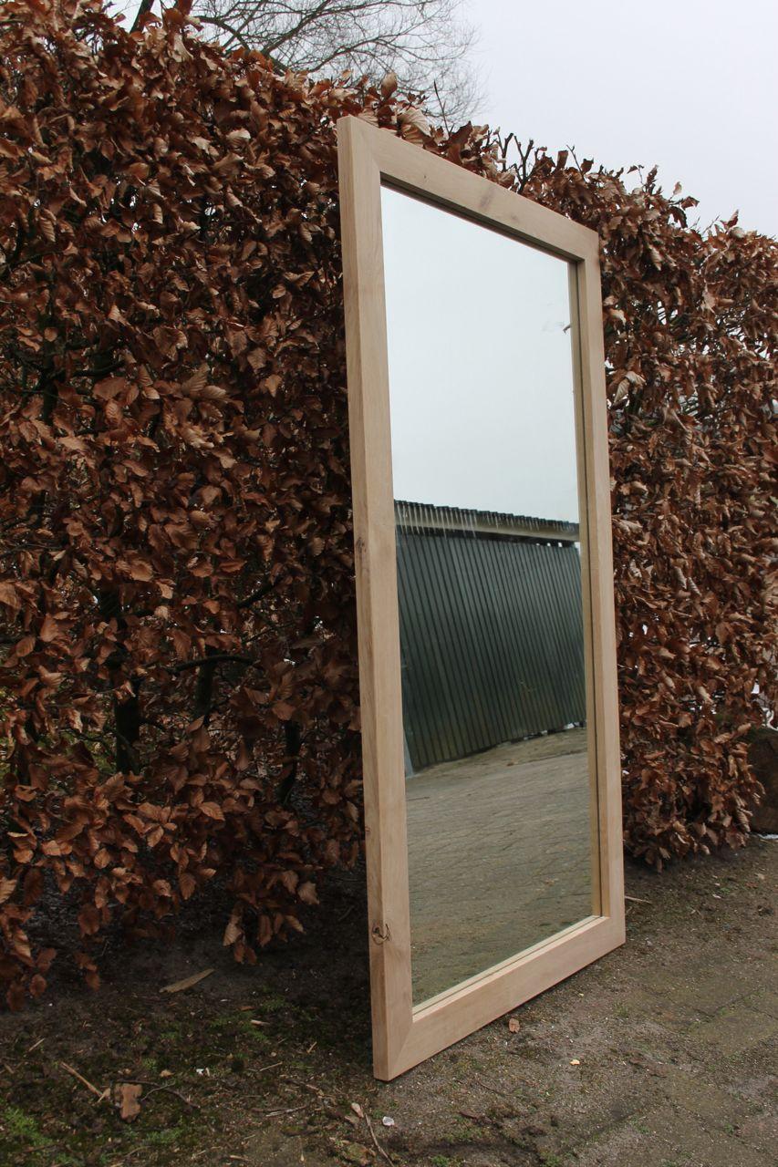 spiegellijst deze eiken spiegellijst omlijst een spiegel van 130 x70 ...