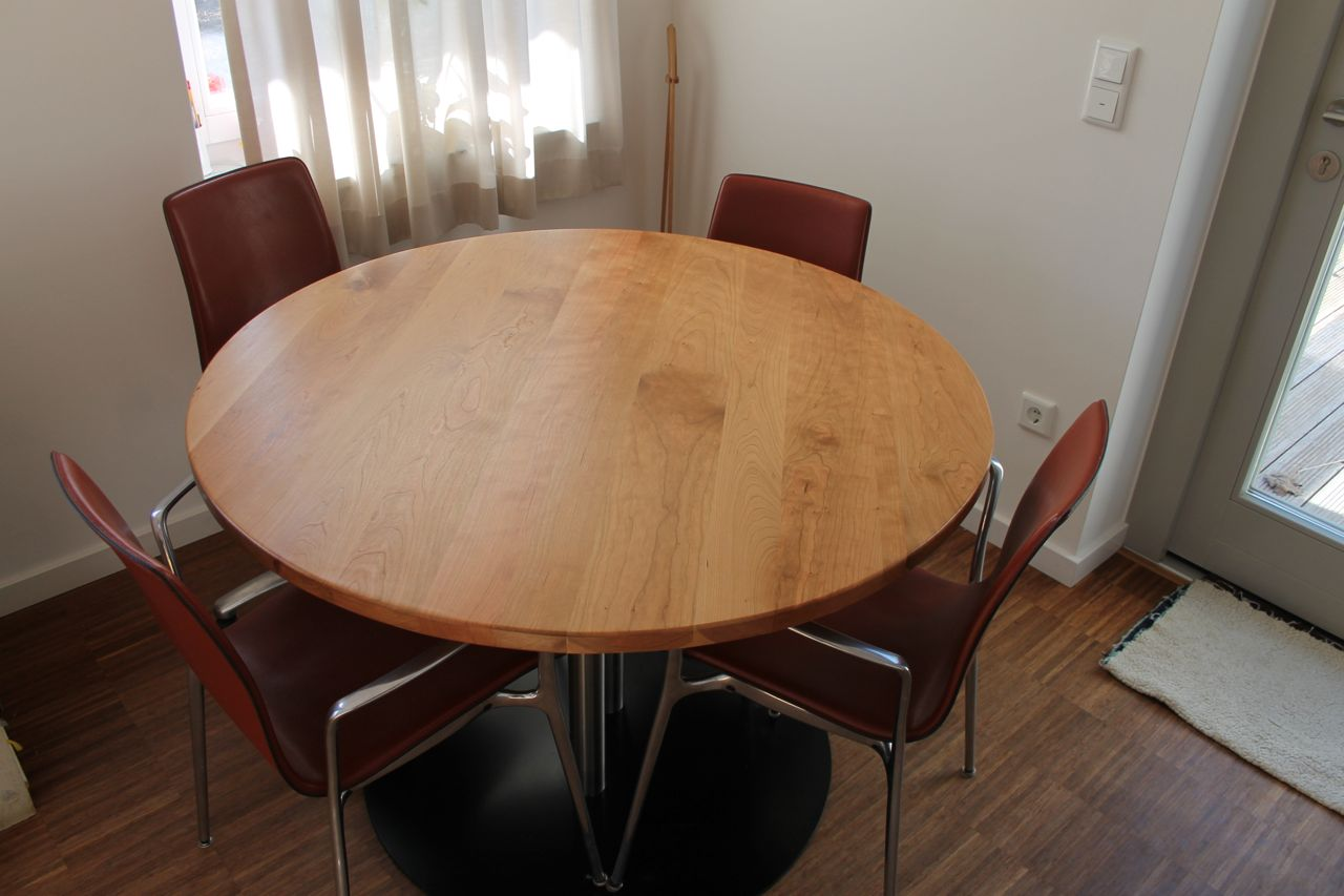 Ronde Houte Tafel : Ronde tafel van kersenhout diameter cm kien met hout