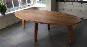 Ovale tafel - bovenaanzicht 2